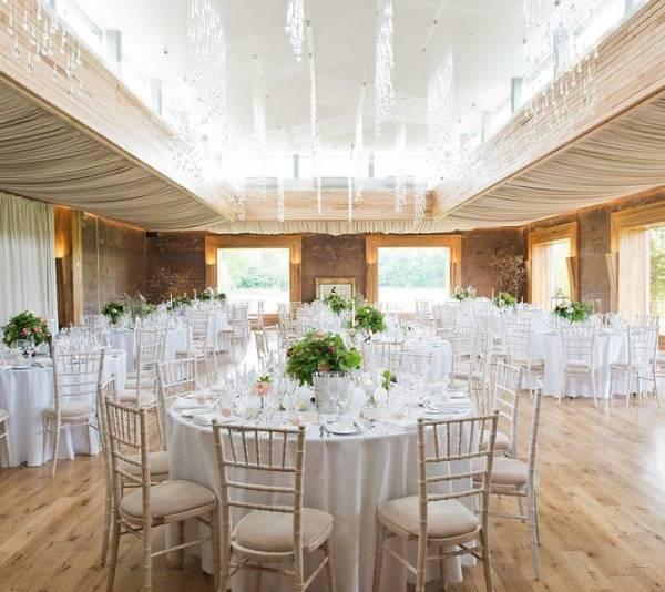 elmore-court-wedding-danielle-tom-wedding-dinner-hollygoeslightly